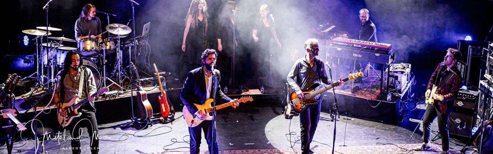 Al decennia lang inspireert de muziek van Pink Floyd generaties van muziekliefhebbers én muzikanten.  Met hun show Which One's Pink geeft Infloyd een eerbetoon aan de compositie en de sound, maar live zoals Pink Floyd dat in die jaren zelf deed: spelend met de materie tot een nieuwe momentopname. Voor elke muziekliefhebber een niet te missen concert.