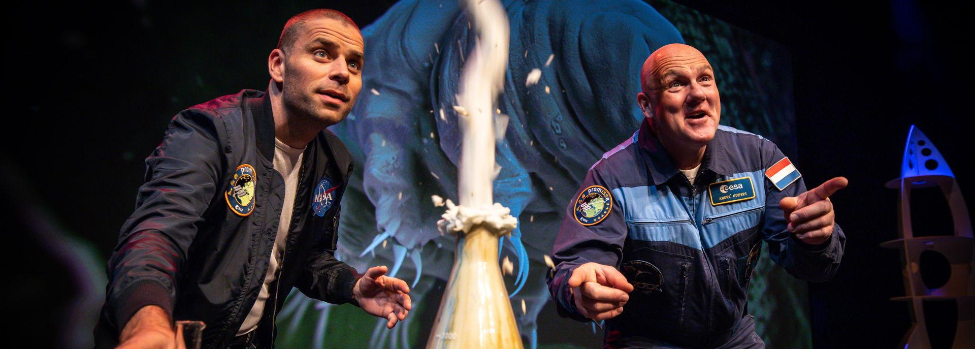 Reis met André Kuipers en Sander Koenen naar de verste hoeken van het heelal en waan jezelf astronaut. Leer alles over de ruimtevaart, hoe het is om te zweven en stel jouw vraag aan Nederlands enige astronaut.