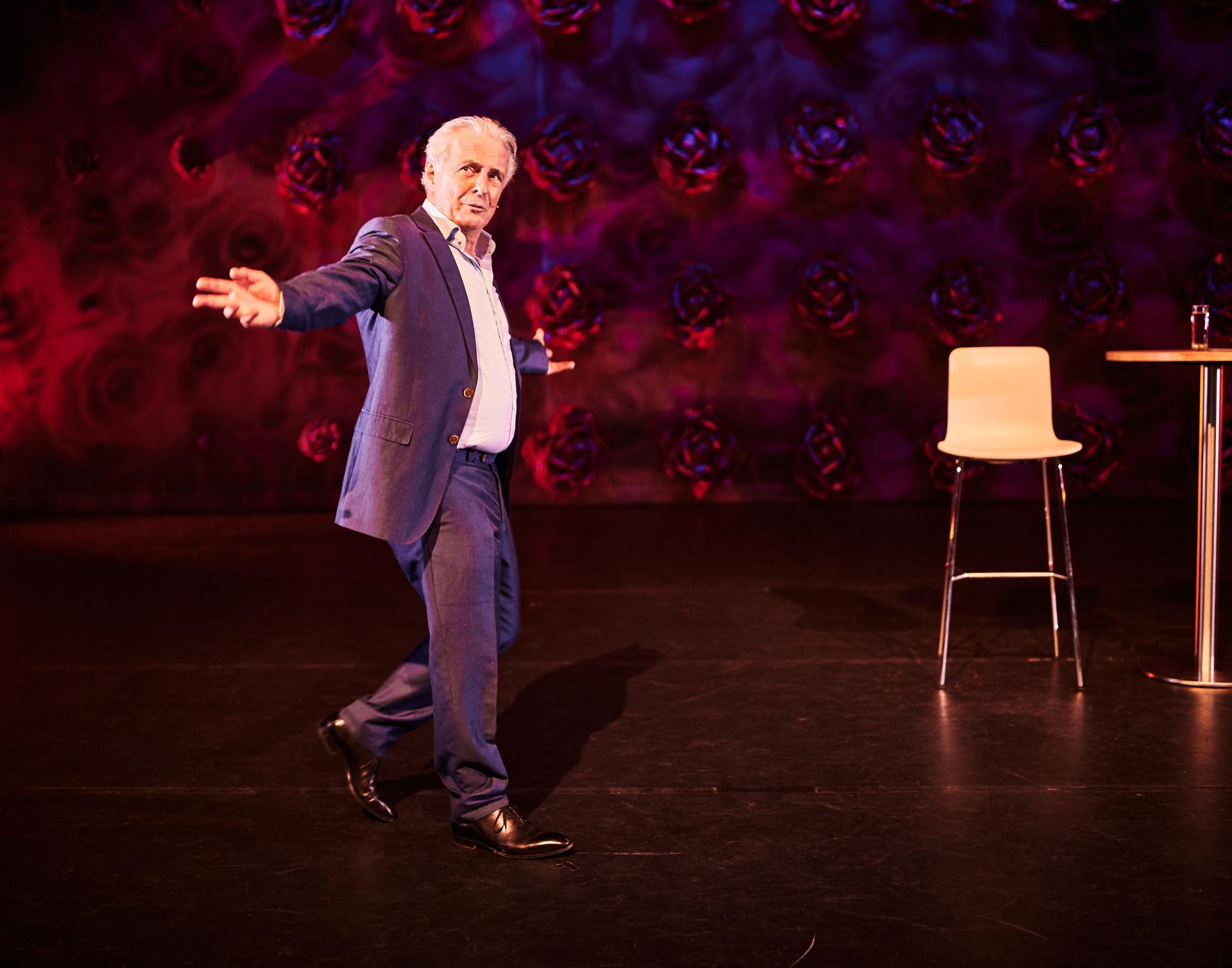 Op zaterdag 18 januari 2020 stond Huub Stapel in De Tamboer met zijn voorstelling Het Huwelijk.