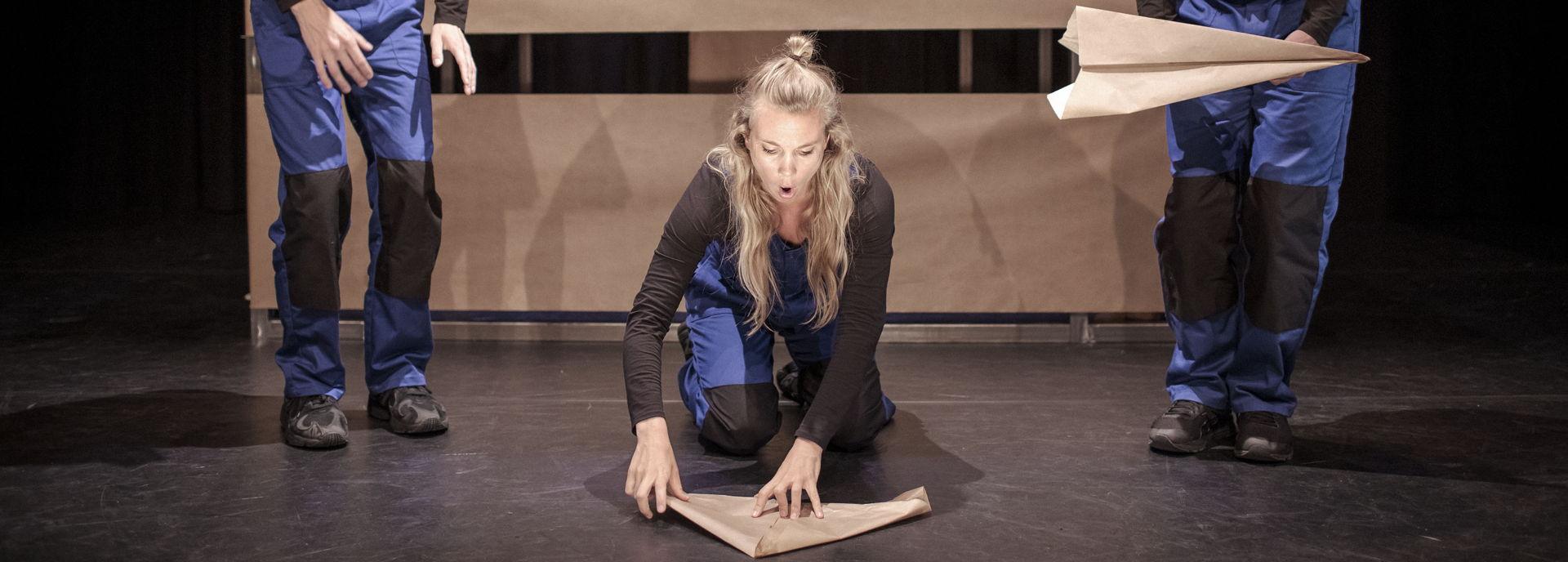Poppetje van Papier voorstelling - foto Erik Franssen