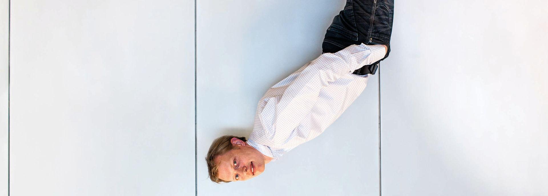 In 2016 stond Jan Beuving met zijn solostuk Raaklijn in De Tamboer
