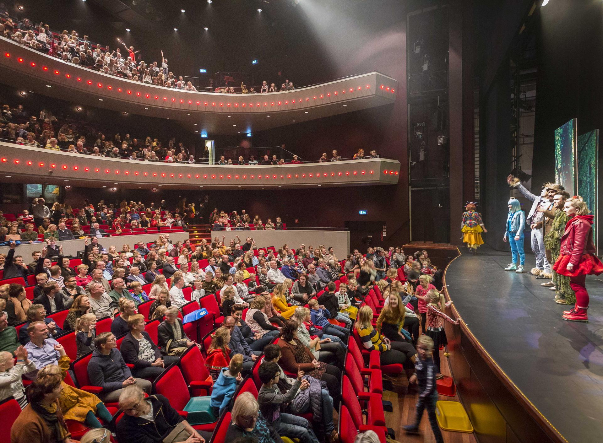 De première van Roodkapje de Musical in een uitverkochte Tamboerzaal