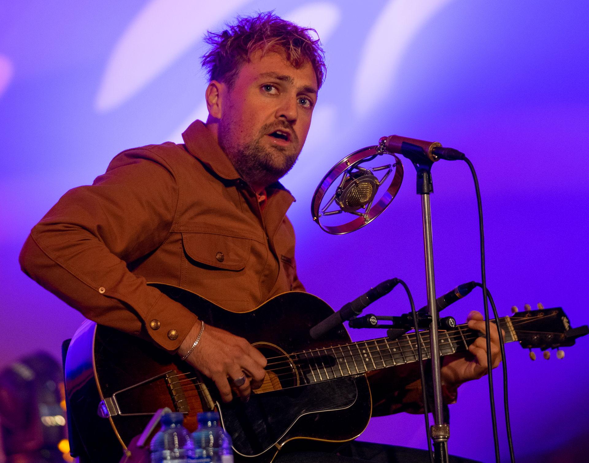 Tim Knol speelde een tuinconcert op 11 september 2020.