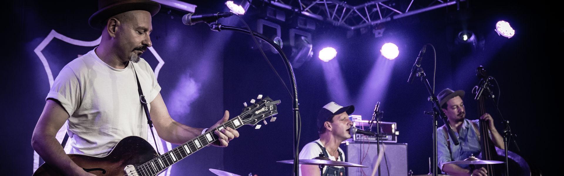 T-99 speelde in oktober 2019 in Het Podium een bluesset.
